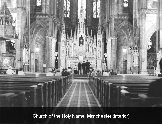 Church of the Holy Name, Manchester (interior)